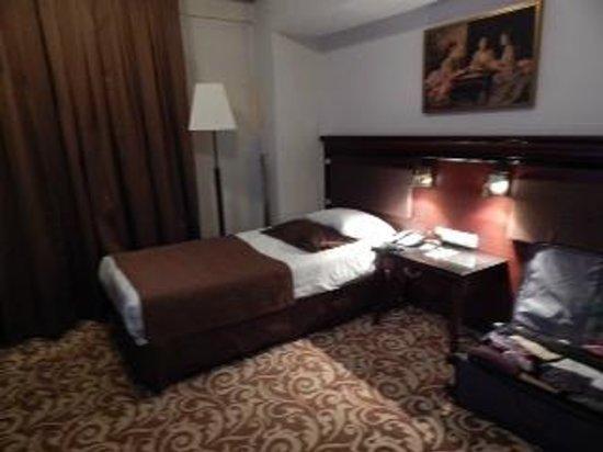 Hotel Mosaic: Room 102