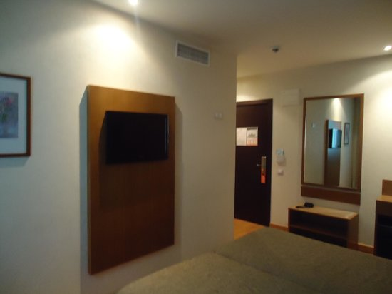 Hotel Don Paco: outro ângulo do quarto