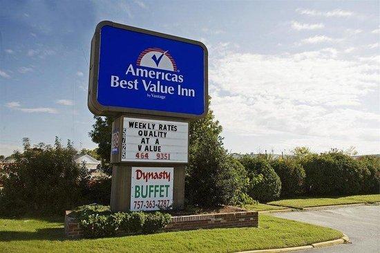 Americas Best Value Inn-Norfolk Airport Area: Exterior