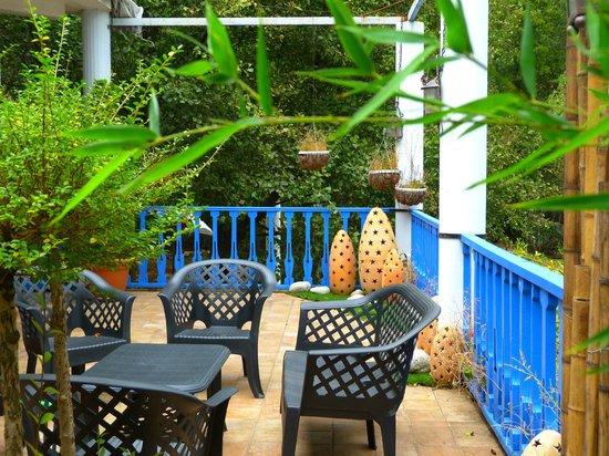 Hotel Sierra Madrona: Terraza/comedor