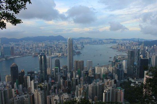 10 สุดยอดสถานที่ท่องเที่ยวยอดนิยมในฮ่องกง