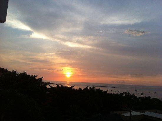 La Colina: Sunset in Tamarindo