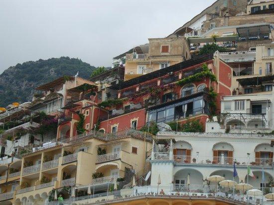 Hotel Miramare: View of hotel from beach