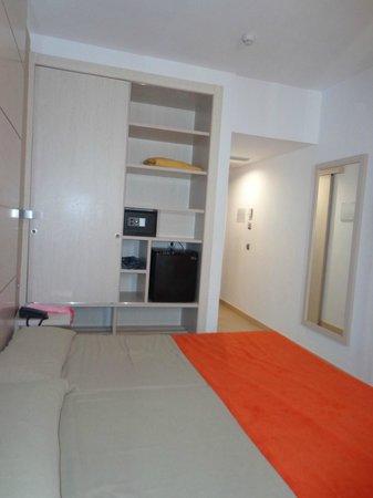 Hotel Puchet : habitacion