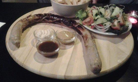Cafe Bar Don Pepe: German wurst