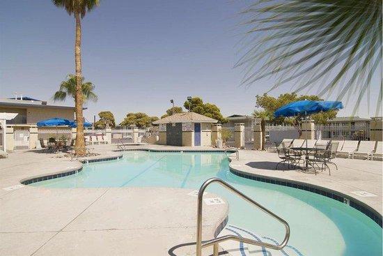 Americas Best Value Inn Las Vegas: Pool