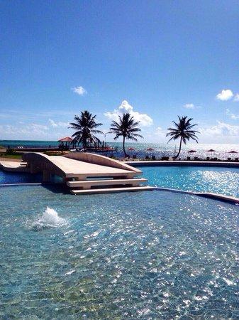 Grand Caribe Belize Resort and Condominiums: Beautiful property...Terrible customer relations