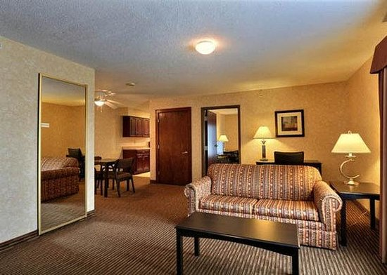 Comfort Suites Grand Rapids North: Executive Suite