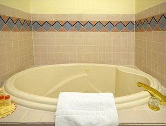 Americas Best Value Inn - Winslow: Guest Room