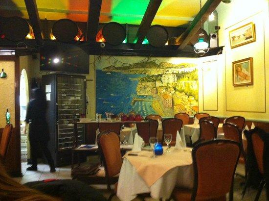 Trattoria Verdi Restaurant: ambiente bem decorado
