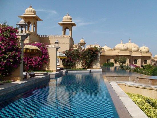 The Oberoi Udaivilas: Estas habitaciones Premier con piscina semi privada y vistas irrepetibles son su mejor opcion
