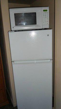 Bell Rock Inn: large fridge
