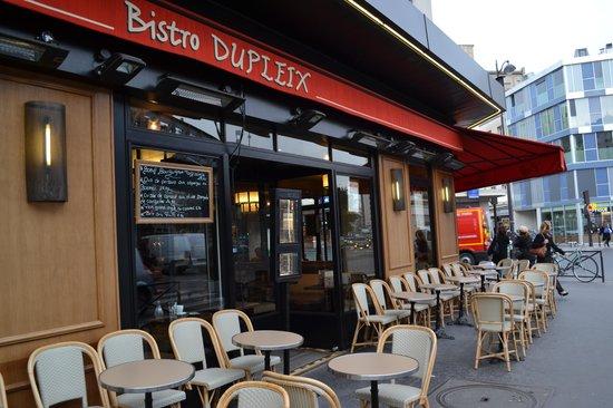 Timhotel Tour Eiffel: Tim hotel recepcion