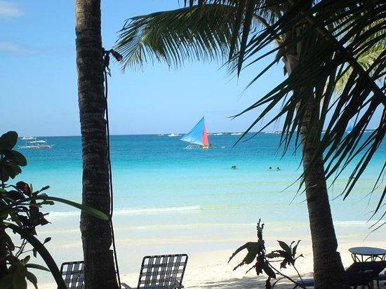 Mango-Ray Resort : fronbtal hotel
