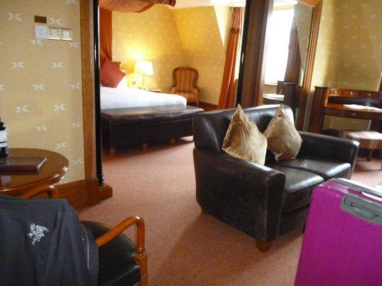 Killarney Plaza Hotel and Spa : suite