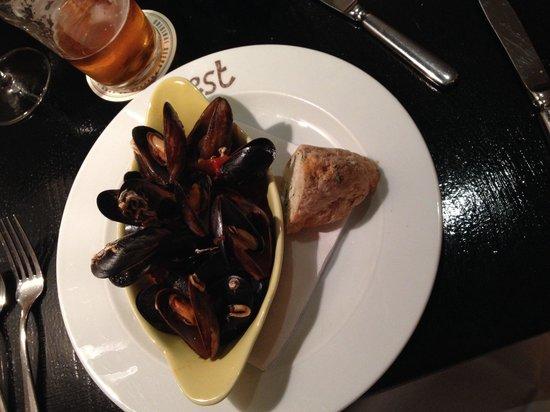West Restaurant : Muscles