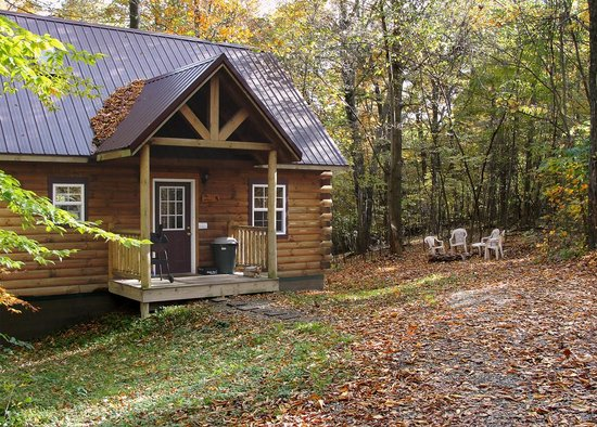 Ash Ridge Cabins: Lovers Loft Cabin