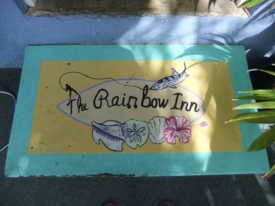 Rainbow Inn : Restaurant step