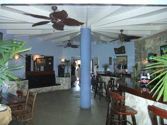 Rainbow Inn : Restaurant bar