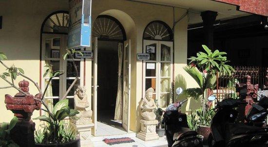 Hotel Bali Duta Wisata Beach Inn: Office