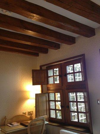 Auberge Saint-Pierre: Room
