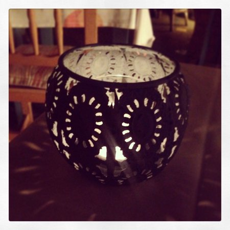 Es Pati: Cute little tea light on our table