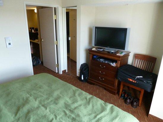 Country Inn & Suites By Carlson, Potomac Mills Woodbridge, VA : Bedroom