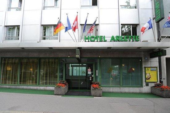 Arlette Am Hauptbanhof Hotel