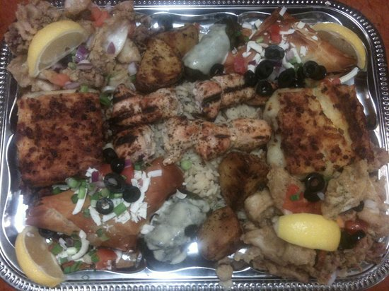 Monte Christo On The River : Greek platter for 2