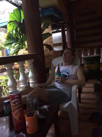 Dave's Straw Hat Inn: Relaxing at my Cottage during the Typhoon