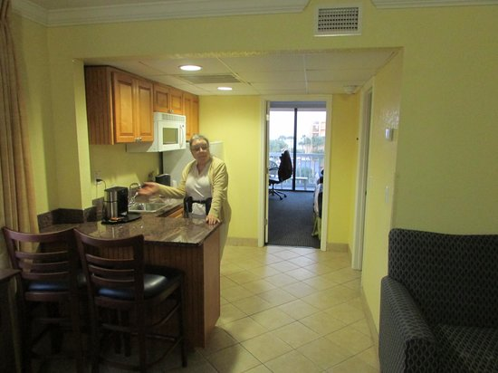BEST WESTERN Cocoa Beach Hotel & Suites : Our two room suite