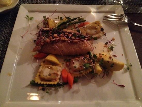 Sanderling Resort: dinner at the Lifesaving Station