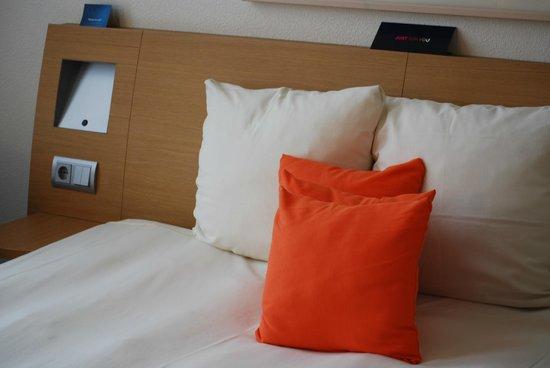 Hotel Novotel Den Haag City Centre: Comfortable bed