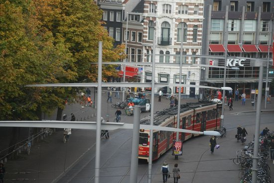 Hotel Novotel Den Haag City Centre: View from room facing the street