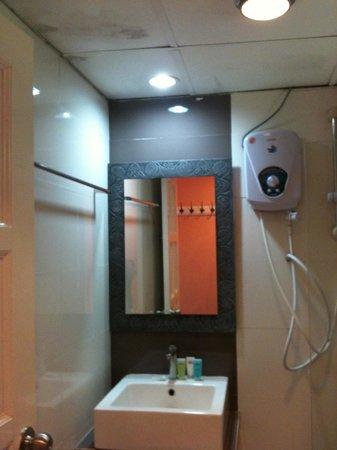BuBu Long Beach Resort: Bathroom