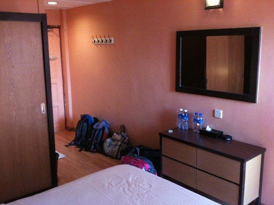 BuBu Long Beach Resort: Room2