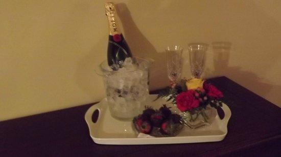 Summer Creek Inn: Post Spa refreshments.