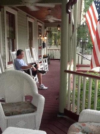 The Cedar House Inn: my husband enjoyed the beautiful front porch