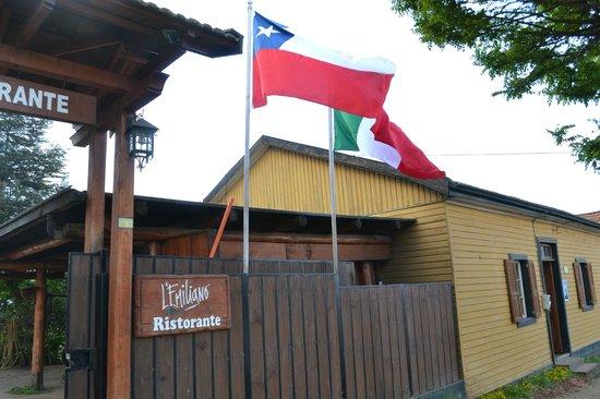 Capitan Pastene, Chile: mezcla Italo-Chilena