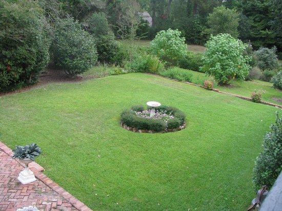 Hope Farm: garden