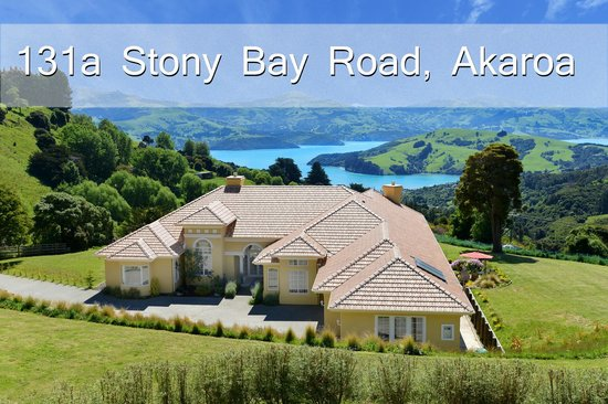 Chateau Mont Clair (2011) with stunning views over Akaroa.