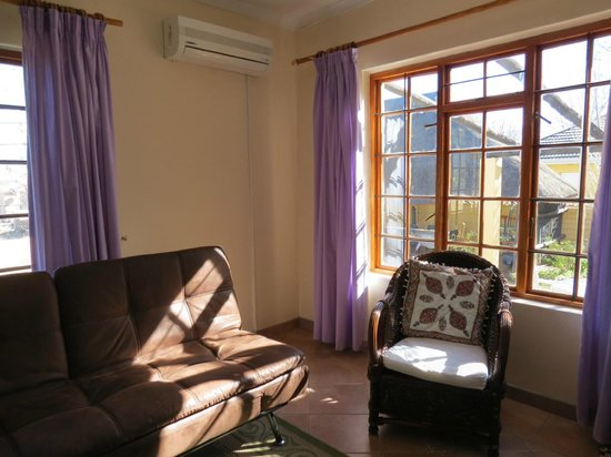 Peace Haven Guest House: Spacious room
