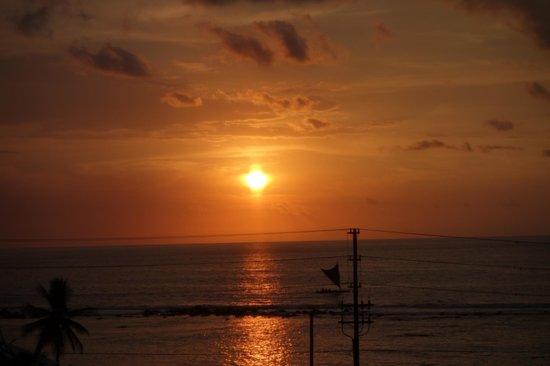 a perfect Big Island Retreat sunset