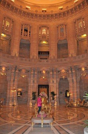 Umaid Bhawan Palace Jodhpur: Royal Lobby