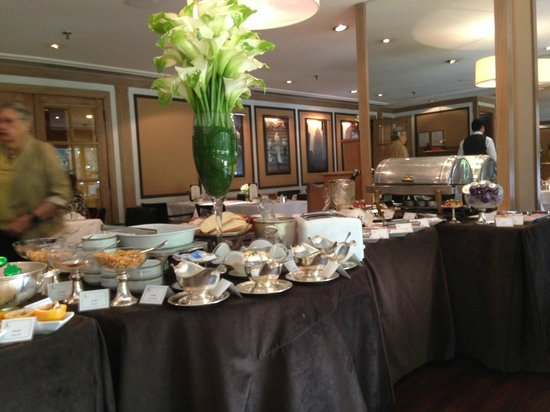 L'Hotel Porto Bay Sao Paulo: Buffet breakfast