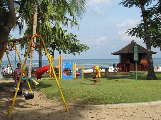 Discovery Kartika Plaza Hotel: small play area. doesnt interest my child