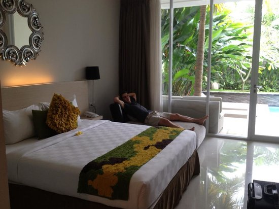 The Grand Sunti: nice bed