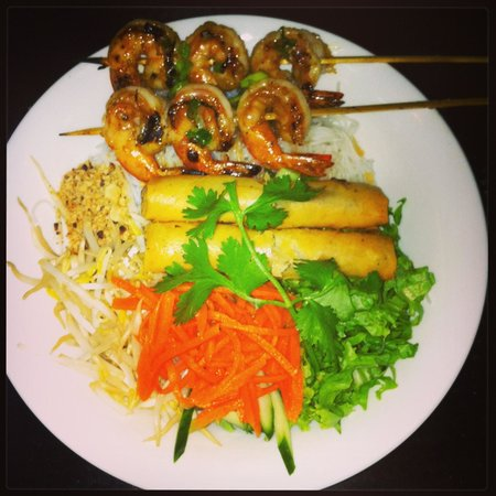 Authentic Vietnamese Pho House: Shrimp Vermicelli with extra spring roll