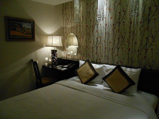 Cosiana Hotel Hanoi : 部屋の内装