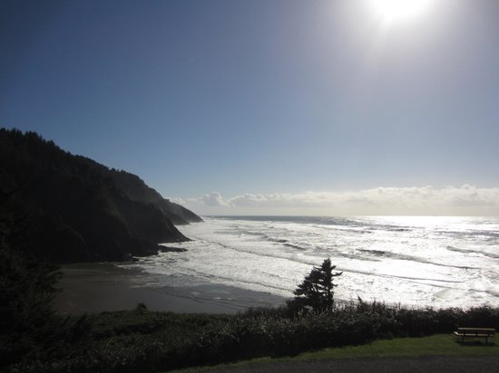 Heceta Head Lighthouse Bed and Breakfast : View from Mariner's II Room